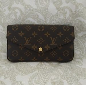 Louis Vuitton Pochette Felicie - no inserts